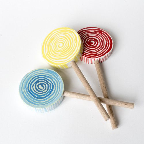 wooden lollipop