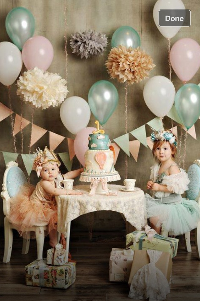 Cute party: Birthday Parties, Tea Parties, First Birthday, Colors Schemes, Parties Ideas, Balloon, Teas Parties, Girls Parties, Birthday Ideas