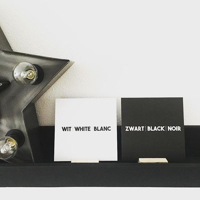 MONOCHROME | Dit zijn twee kaarten uit de nieuwe collectie. Leuk voor elke monochromeliefhebber! In deze kaartenhouders of in een leuk lijstje, staat toch super in je huis?!  . . #monochrome #monochromelovers #monochromestyle #zwartwit #zwart #wit #kaart #kaarten #kaartenhouder #black #noir #white #blanc #shop26negen
