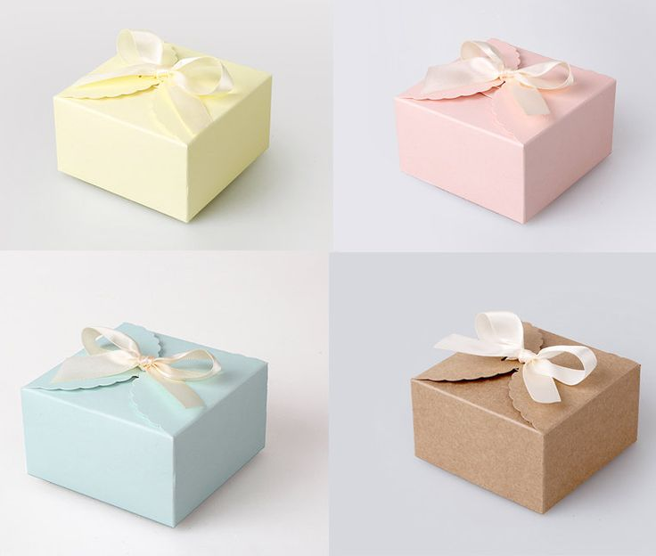 Small Gift For Wedding: 4 Small Scallop Boxes With Ribbon In Pastel Color And