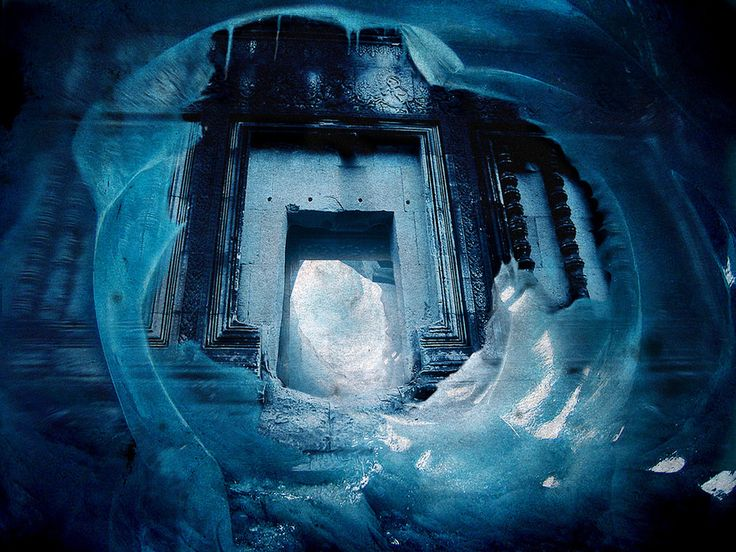 A California TV crew missing since November 2002, a video they left behind and a mission by U.S. Navy SEALs are the key elements in a story that claims extensive ancient ruins have been found under the ice of Antarctica. That's according toarchaeologistand adventurer Jonathan Gray ofÂ