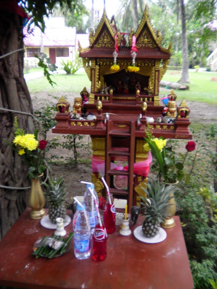 17 Best Images About Shrines And Altars On Pinterest: 117 Best Images About Garden Shrines & Altars On Pinterest
