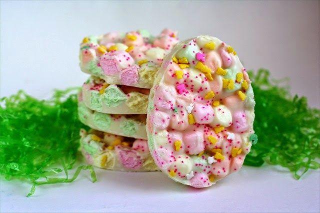 Daddy Cool!: Με 3 μόνο υλικά φτιάξε για το Πάσχα ένα γλυκάκι στόλισμα!