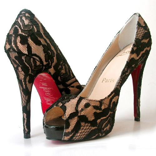 lace!!: Black Lace, Fashion, Girl, Style, Dream, Christian Louboutin Shoes, Pump, Shoes Shoes