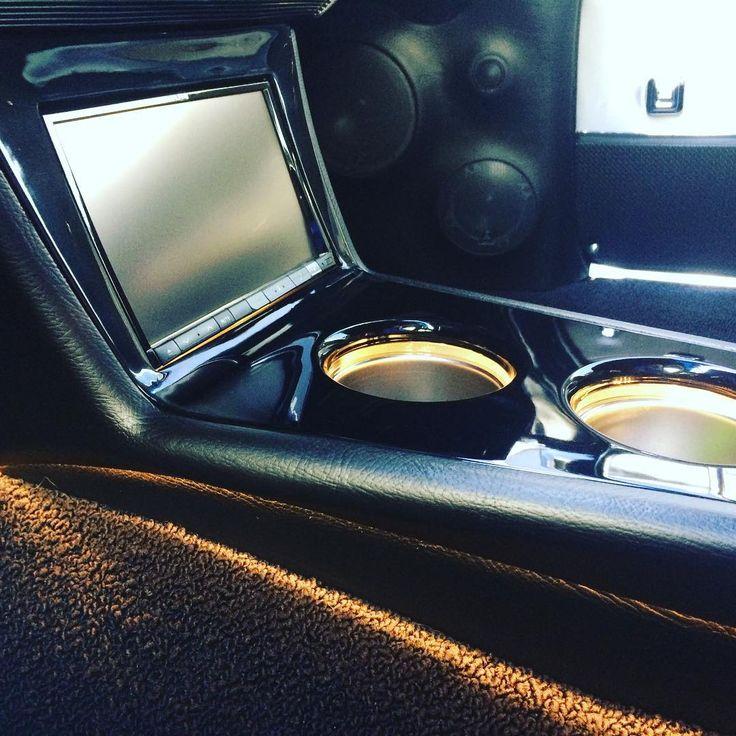 Custom console chevelle double din custom car audio install led cup holders