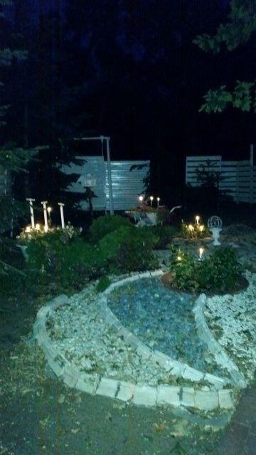 kamykowa grządka w świetle świec --------------------- pebble beds in candle light