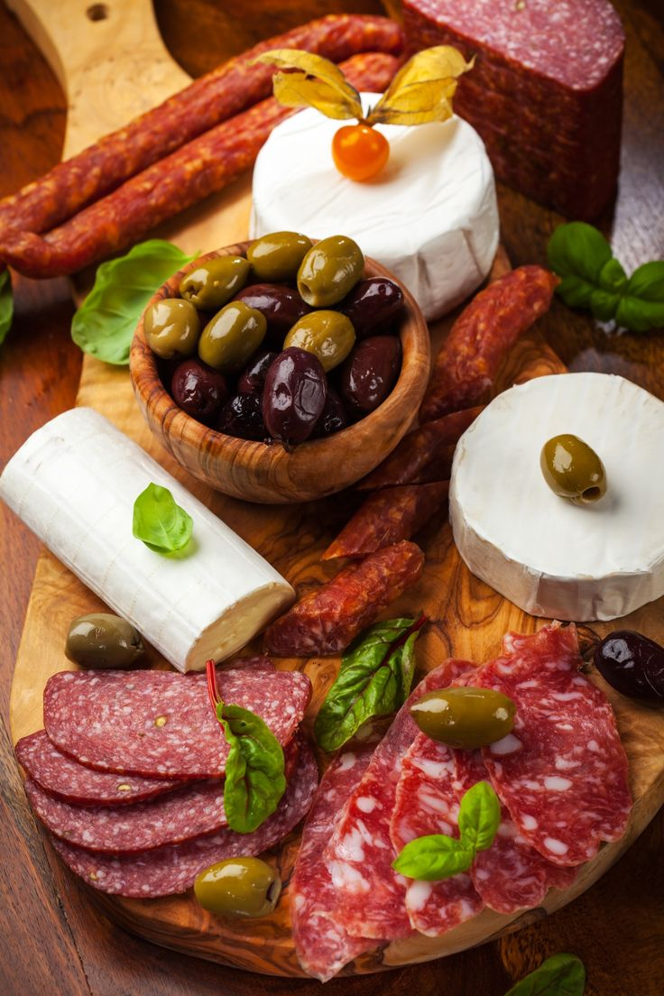 antipasto meat cheese platter party perfect appetizers and hor d oeuvres recipes party. Black Bedroom Furniture Sets. Home Design Ideas