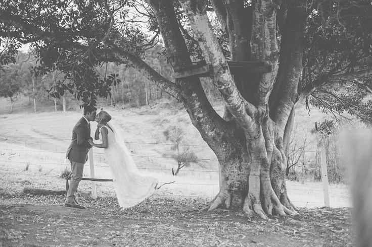 Eye Spy – Amy and Blake at Branell Homestead, Laidley » Brisbane based photographer