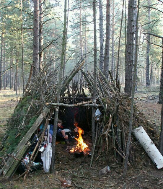 Building Camping Shelters : Nice lil camping shelter survival pinterest