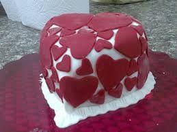 sevgiliye kalpli doğum günü pastaları ile ilgili görsel sonucu