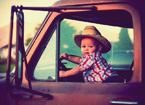 Little country boy (: This would be a cute for Caleb and Chase if popaw would ever fix his truck.