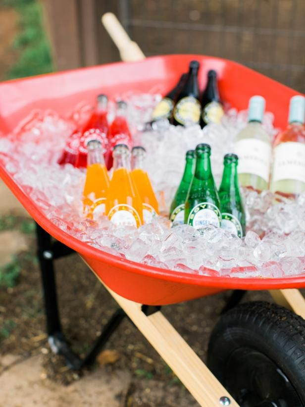 Ready, Set, Game Time! Get ready for football season with these grilling and tailgating hacks.