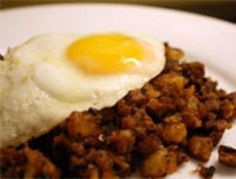 GENIUS, best use of leftover roast beef ever, make it a hash! Serve it for breakfast or dinner. {Serious Eats} #HolidayLeftovers #Hash