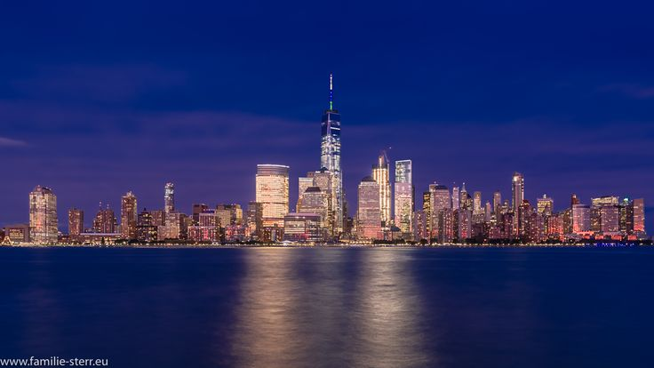 Skyline Downtown Manhattan New York