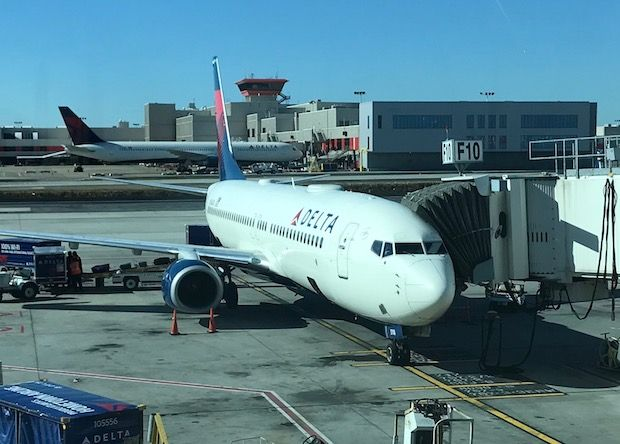 Airline Review Delta Air Lines Boeing 737 800 Panama City
