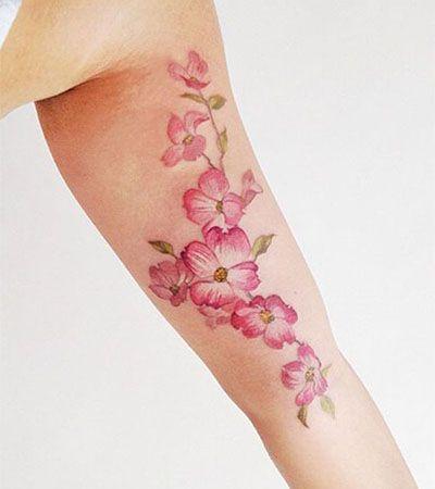 Tattoo no Braço - www.vaidosas.com.br