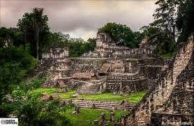 Ruinas-de-tikal-en-petén-guatemala_Around_Antigua_Guatemala