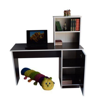 Birou de lucru cu rafturi si dulap, din pal melaminat, potrivit atat pentru utilizarea in casa cat si la birou. Blatul cu dimensiuni generoase ofera un spatiu de lucru confortabil. Dulapul din partea de jos are doua rafturi si loc suficient pentru obiecte de papetarie si documente. Raftul de pe blatul mesei poate fi folosit pentru obiectele utilizate des, fiind la indemana. Dimensiuni: lungime 120 cm, latime 50 cm, inaltime 75 cm Culoare: Wenge, cant alb