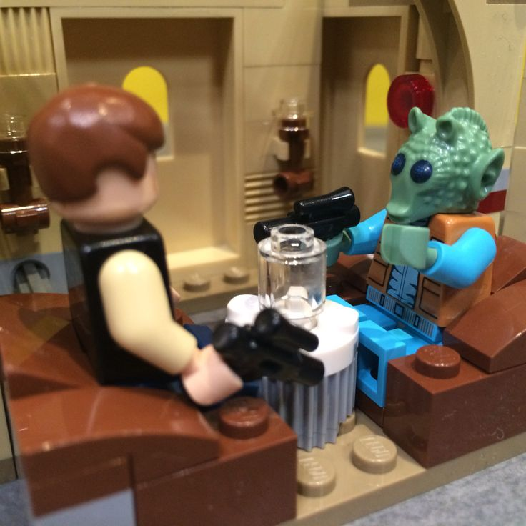 New Lego Star Wars Cantina Set: proof Han did shoot first.: Starwars