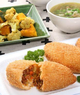 ぱくぱく献立くん-おすすめ献立(2月) ロシアをはじめ東欧のポピュラーな家庭料理「ピロシキ」。日本人好みに具材をアレンジしたものが一般的です。香辛料を効かせたインドの蒸し野菜料理「サブジ」は、素材 ...