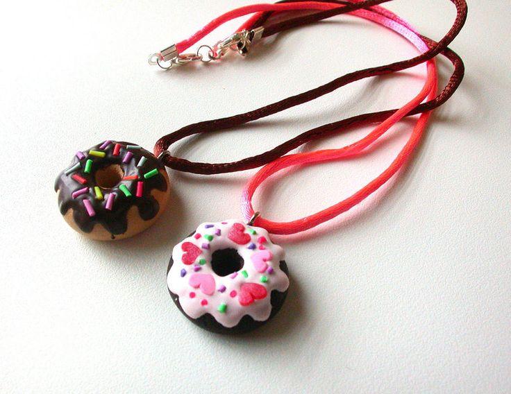 Weiteres - Anhänger Fimo Schmuck Doughnut - ein Designerstück von Silvia-Ortiz-de-la-Torre bei DaWanda