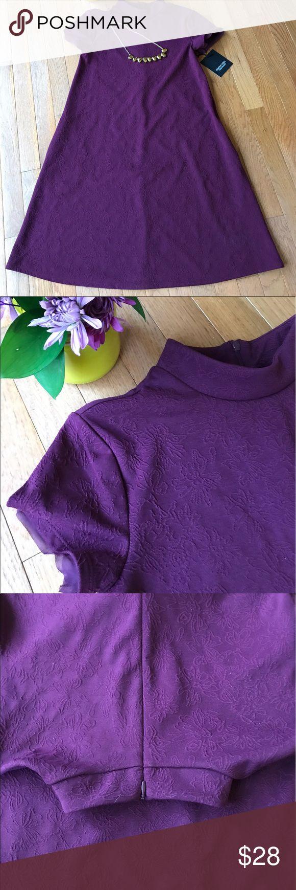 Simply Vera - Vera Wang Dress with Pockets Simply Vera - Vera Wang Dress with Pockets - Size: XS - Color: Grape Wine - Zippered Back - NEW Simply Vera Vera Wang Dresses Midi