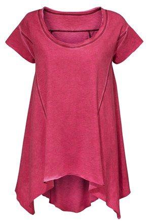 Top, roşu http://www.stilago.ro/fashion/femei/bluze-camasi-si-tricouri-138023/tricouri-138060/top-rosu-10124991p