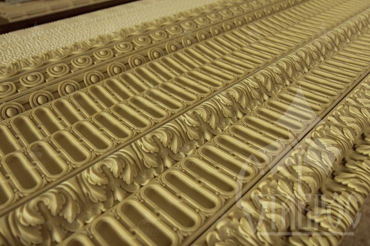 Декоративный погонаж из полиуретана - это достойная и практичная альтернатива декору из массива дерева! Decorative mouldings made from polyurethane - it is a worthy and practical alternative to decor made of solid wood!