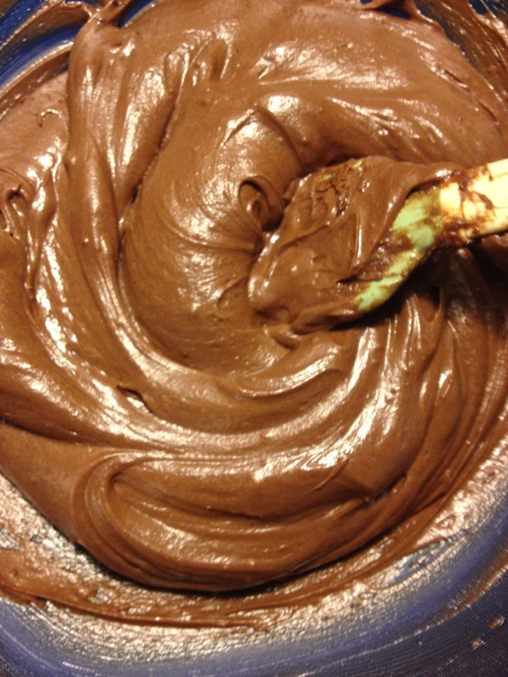 This was to die for. And so easy, I will never buy a can of chocolate frosting again.