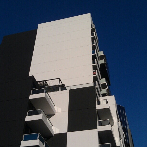 uno apartment building on adelaide's waymouth street