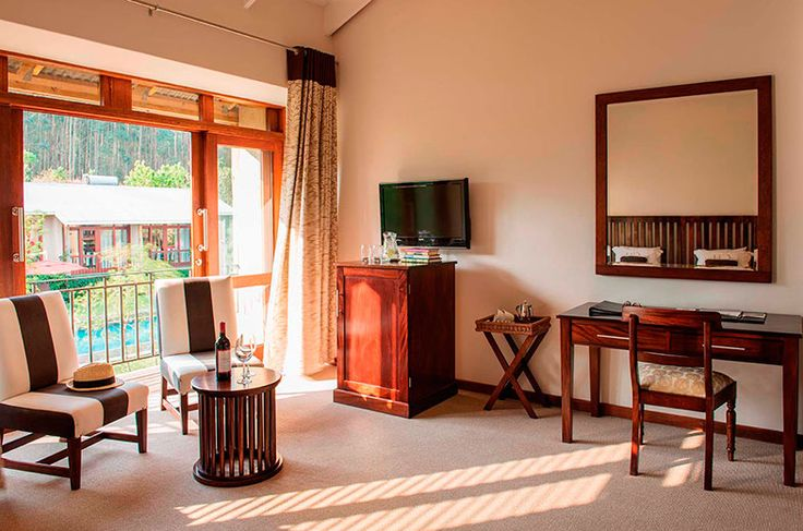 Hotel Accommodation In Nelspruit with Standard rooms & Family Suites
