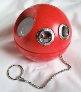 Panasonic Panapet Radio.  My Nana had one of these.