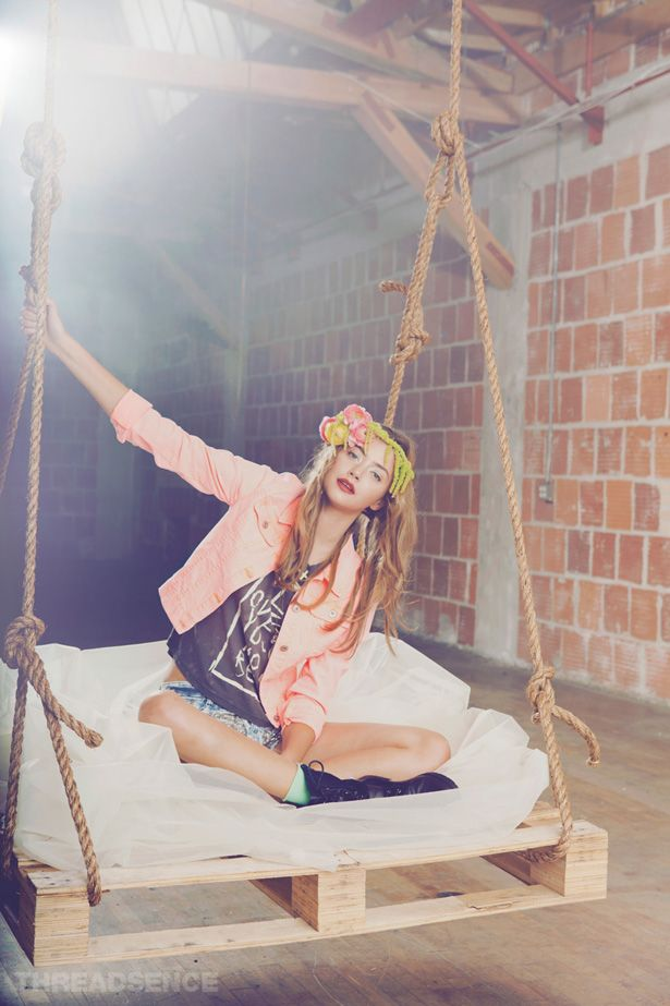 "Threadsence Summer 2012 Lookbook ""Kiss The Sky"""