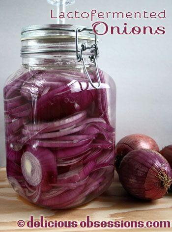 Вкусные Навязчивые: Lactofermented Лук в Пикл-Это | www.deliciousobsessions.com
