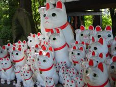 豪徳寺の招福猫児 [東京の観光・旅行]