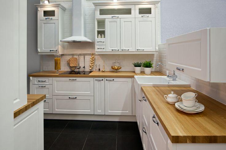 Znalezione obrazy dla zapytania ikea kuchnia bodbyn biala