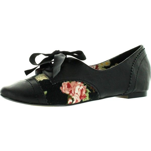 Restricted Womens Lucille Oxfords Flats Black 5.5 ($45) ❤ liked on Polyvore featuring shoes, black wedge heel shoes, black flat shoes, black oxford shoes, restricted shoes and flat pumps
