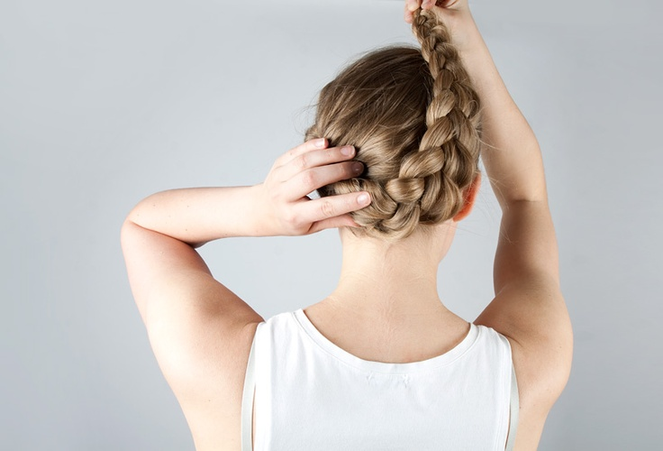 Get a new hair style, follow our blog: http://www.tintinstyleblogg.se/