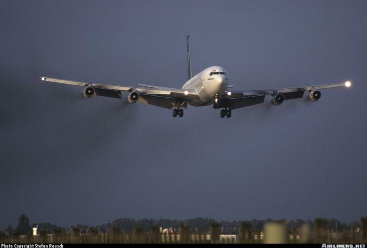Boeing 707-3K1C - Tarom | Aviation Photo #0107492 | Airliners.net