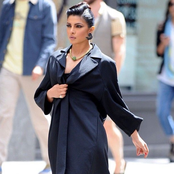 Priyanka Chopra, Miss World 2000 from India today on the streets of New York during a photoshoot. - http://missuniversusa.com/priyanka-chopra-miss-world-2000-from-india-today-on-the-streets-of-new-york-during-a-photoshoot/