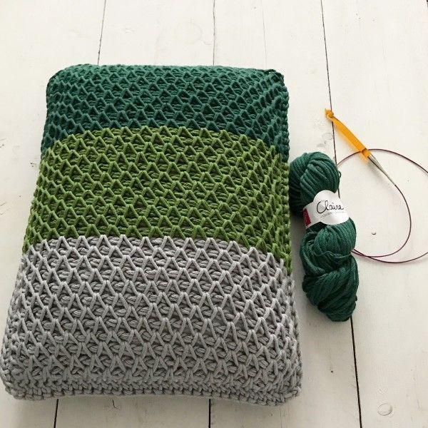 smock stitch kussen