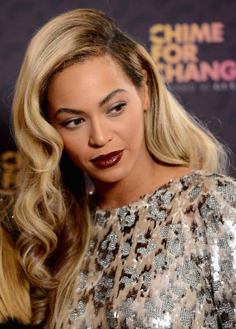 Beyonce hairstyles | Beyonce Knowles Long Hairstyles: Curly Hair /Getty Images