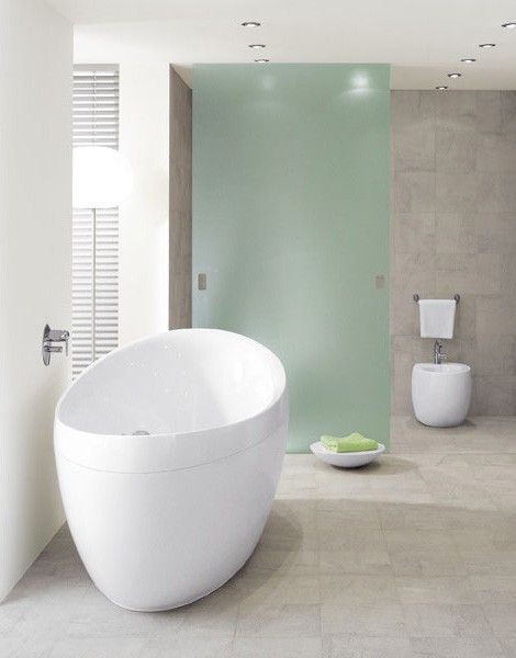 Villeroy & Boch Aveo Freestanding Oval Bath. #Freestanding #Contemporary #Baths from UK Bathrooms: www.ukbathrooms.com