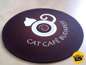Egyedi egérpad készítése - CatCafé Budapest referencia