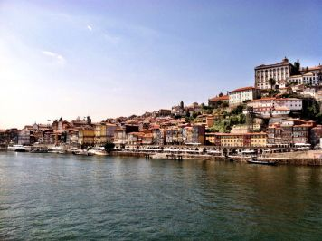 Porto Lookbook: Porto! A City of Fantasy - via Jetset Times 14.06.2014 | Porto is Portugal's second largest city, embedded alongside the River Douro and the Atlantic Ocean on the northwestern coast of the country.  Photo: Porto is also a World Heritage Site