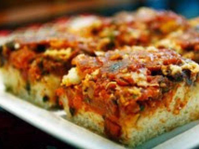 Receita Prato Principal : Pizza caseira de sardinha.