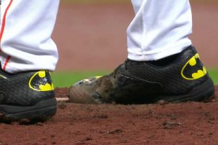 Houston Astros Pitcher Lance McCullers Wears Sick 'Batman' Cleats in MLB Debut | Bleacher Report