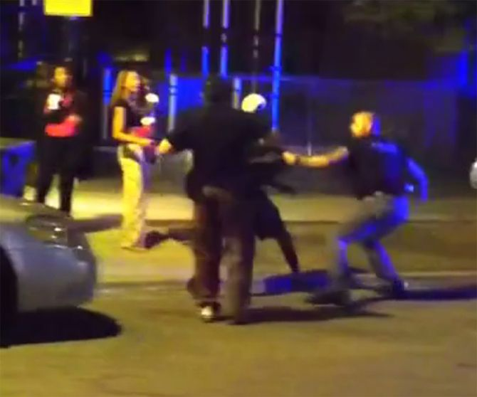 A Chicago Police officer has been charged with aggravated battery and official…