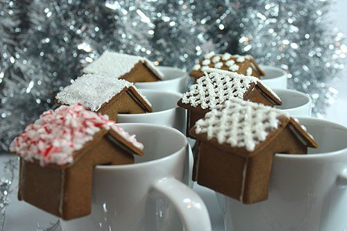 Tiny gingerbread house that perches on the rim of your mug. Full tutorial, template, and recipe: http://www.notmartha.org/archives/2009/12/18/a-gingerbread-house-that-perches-on-the-rim-of-your-mug/