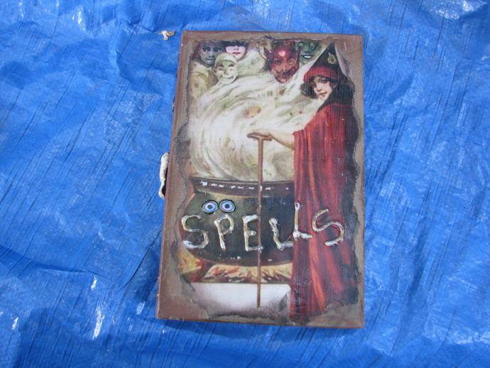 spell books creepy halloween - photo #17